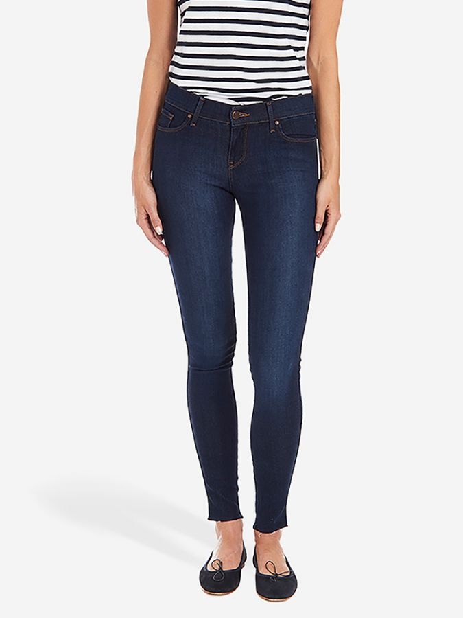 Mid Rise Skinny - Jane - Faded Medium/Dark Blue w/ Raw Hem