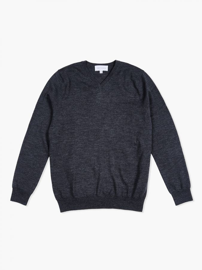 Light Merino Wool V-Neck - Lucas - Charcoal Gray
